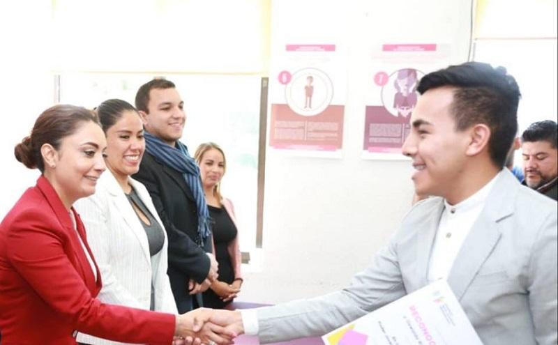 Coordinación General de Comunicación Social, aliada permanente del desarrollo educativo de jóvenes: Julieta López Bautista