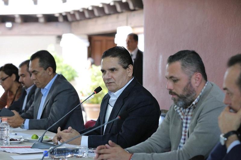 Descentralizar el Gobierno, para brindar una óptima atención a la ciudadanía, enfatiza Silvano Aureoles