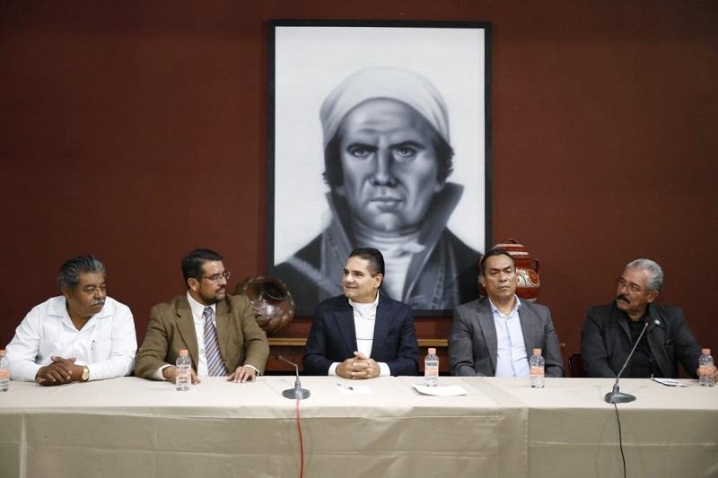 Al ser una de sus líneas de trabajo el compartir opiniones con todas las expresiones, el mandatario michoacano escuchó las inquietudes y propuestas de la masonería representada en la entidad