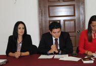 Lucila Martínez, expone motivos de nueva Ley de Profesiones ante Comisión de Educación
