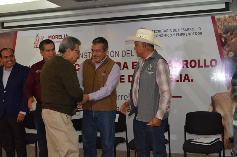 La política de desarrollo rural, refirió Morón Orozco, iniciará con la elevación de la Dirección de Desarrollo Rural a Secretaría
