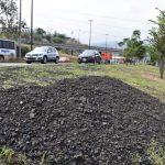 Ahora es el Ayuntamiento al que le toca pagar los parabrisas de los autos que fueron afectados por la desbrozadora