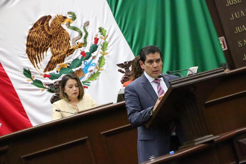 Núñez Aguilar recalcó la importancia de la región de Lázaro Cárdenas como punto estratégico en materia logística para el mundo, por ser la puerta de entrada de América Central hacia las Naciones de la Unión comercial de Asia-Pacífico
