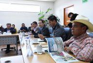 En reunión de trabajo, el secretario de Desarrollo Económico, Jesús Melgoza, presentó a los legisladores los avances del proyecto