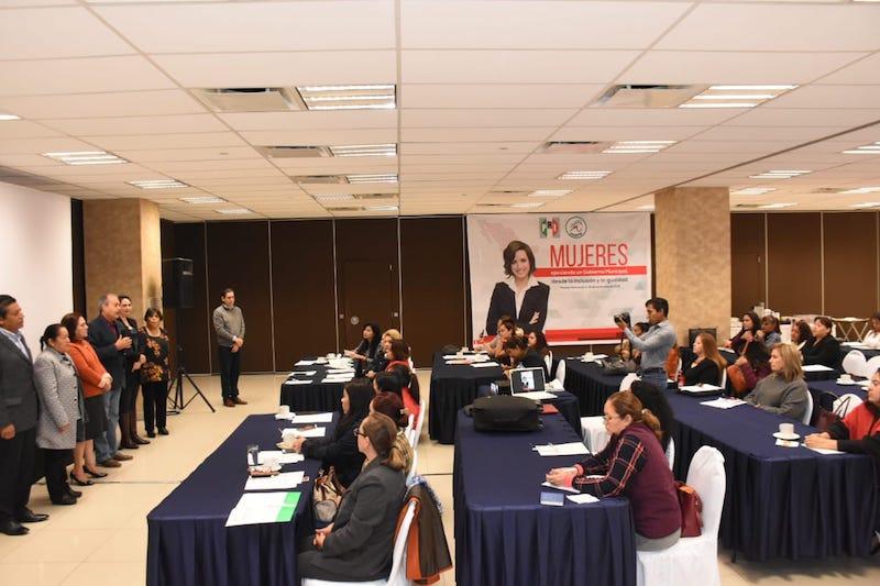 La dirigente estatal del ONMPRI Rocío Pineda Gochi, señaló que el reto del organismo es seguir integrando a más y mejores mujeres que sean parte de la transformación del estado desde la función pública