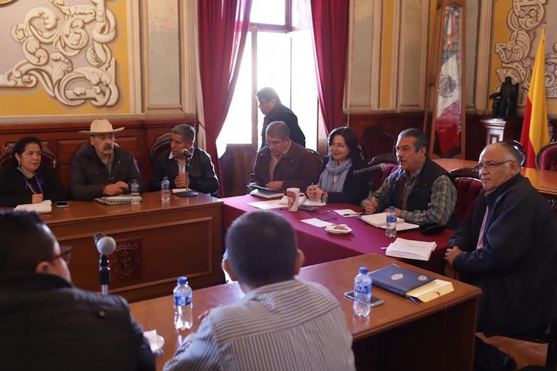 Conformación de una Policía Municipal, coberturas de salud, agua y otros servicios, además de la preservación de cultura y lenguas maternas, entre sus objetivos