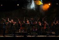 Integrantes de la agrupación canadiense se habían presentado previamente en los conciertos que se llevaron a cabo en días pasados, en los cuales acompañaron a Gabriel Prokofiev y el DJ Mr. Switch en programas más experimentales, demostrando su capacidad