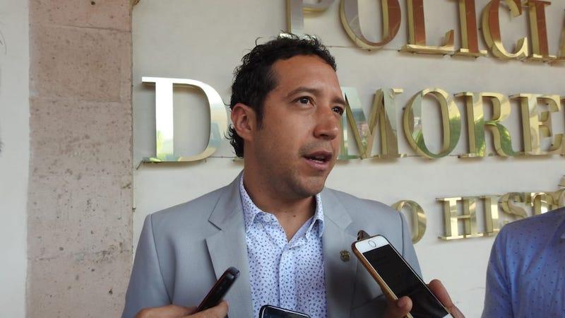 Así lo señaló el secretario de Movilidad y Espacio Público, Antonio Godoy González Vélez, quien sostuvo que el balizamiento de las paradas  establecidas no es suficiente