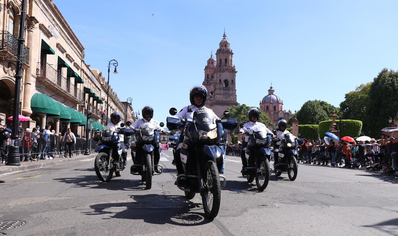 El operativo de vigilancia por el desfile de la Revolución Mexicana fue replicado en el resto del territorio michoacano, a fin de dar seguridad a asistentes, contingentes y organizadores