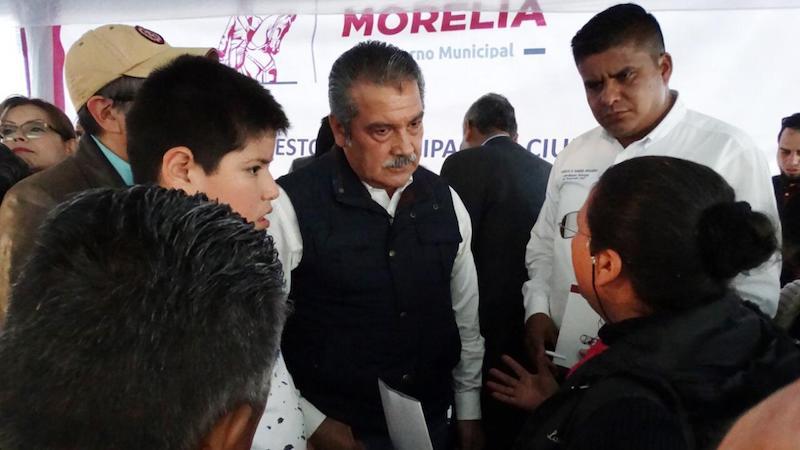 Lo anterior lo manifestó el Presidente Municipal de Morelia, Raúl Morón Orozco tras precisar que fueron 40 colonias las que se vieron afectadas por la tromba, las cuales contribuyeron a que se declarara zona de desastre