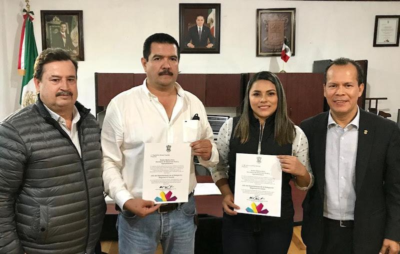 Momentos antes de hacer entrega de sus nombramientos, el secretario de la dependencia, Rubén Medina Niño, los exhortó a trabajar con un alto compromiso en beneficio de los michoacanos