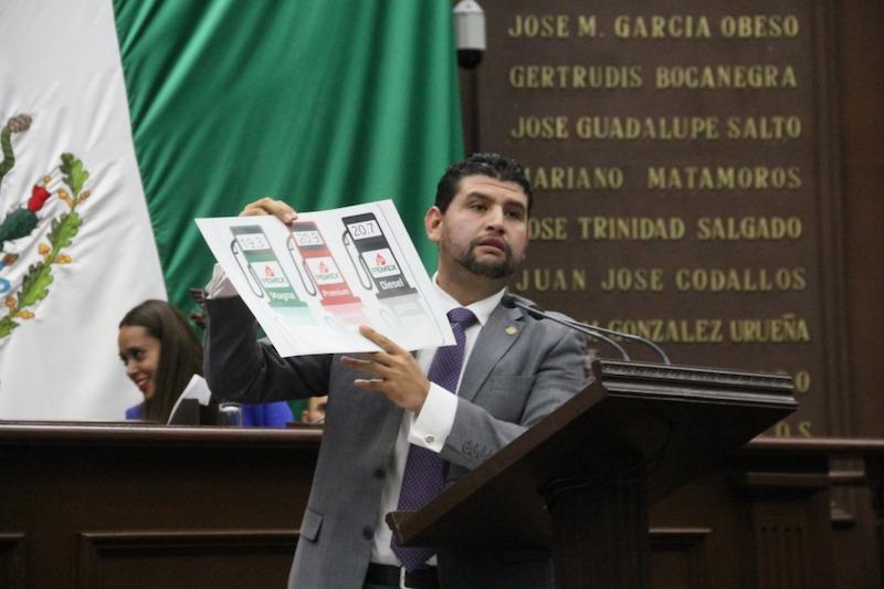 Con el respaldo de las bancadas del PRD, PAN, PRI, PVEM y el diputado de MC fue avalado el exhorto por el Pleno; Morena y PT votaron en contra