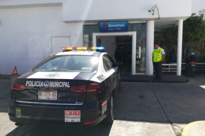 """El programa implementado por la Policía de Morelia hace ya un año seguirá de manera continua y ha permitido desde el pasado mes de junio hasta noviembre de este 2018, """"acompañar"""" a las sucursales a casi un cliente por día"""