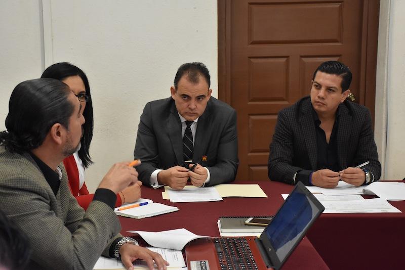 En este sentido, el presidente de este Comité, Óscar Escobar, señaló que será a través de colaboración y coordinación como habrá de resarcirse el rezago que padece en este rubro el Congreso Michoacano