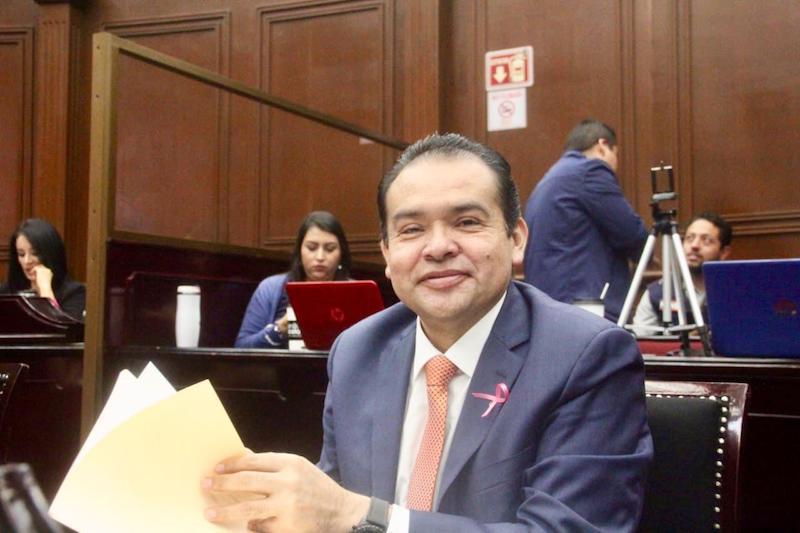 Congreso de Michoacán espera ajuste presupuestal por transferencia de servicios educativos, señaló el diputado del PRD