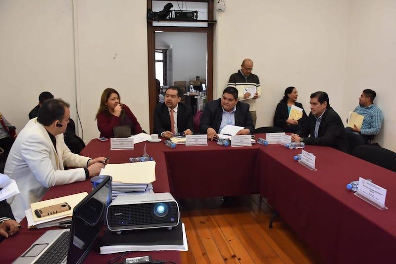 Los legisladores integrantes de las Comisiones Unidas, se declararon en sesión permanente para iniciar el estudio, análisis y dictamen del Paquete Económico 2019
