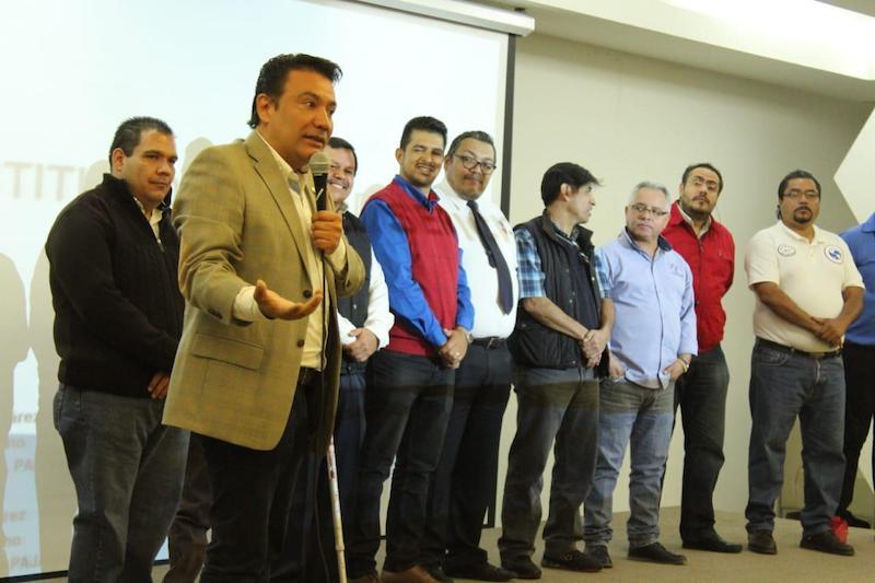 Roberto Monroy García, secretario de Turismo de Morelia resaltó la importancia de mantener capacitados a los diversos prestadores de servicio, sobre todo a aquellos que son de primer contacto con el turista