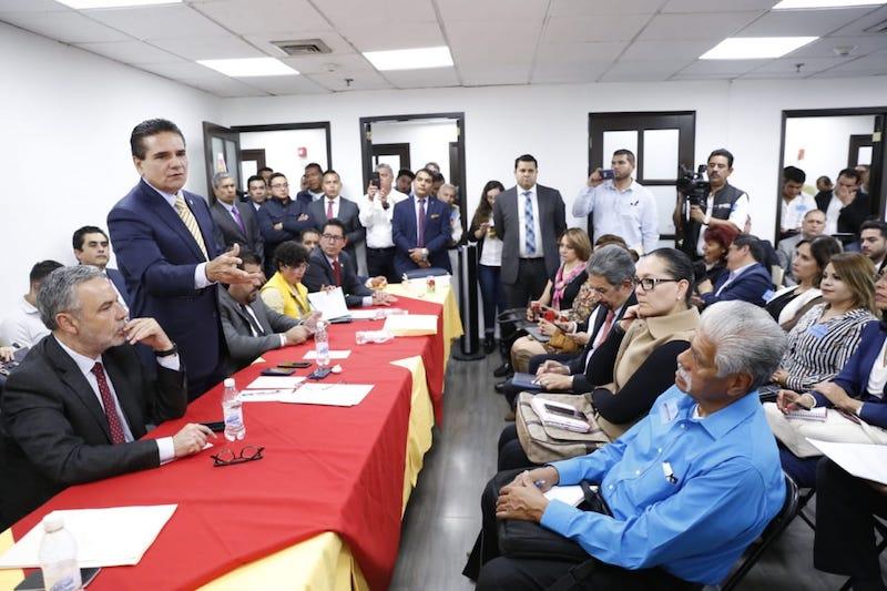 Con la tercera parte de lo que se invertiría en nuevas universidades para la entidad, rescataríamos a la Casa de Hidalgo, señala al abogar por la UMSNH