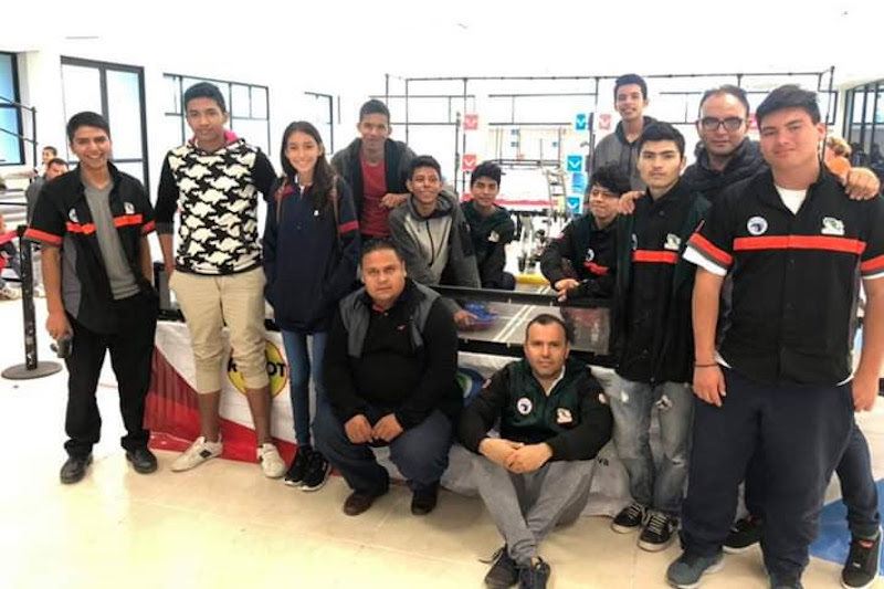 Con su fortaleza, dedicación y compromiso ponen en alto el nombre del subsistema y de Michoacán en competencias nacionales e internacionales: Hernández Arreola