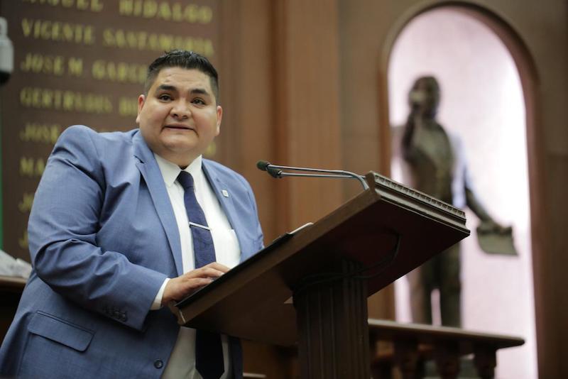 En la democracia se requiere contar con puntos de equilibrio y contrapesos, que representen el voto de la ciudadanía y que alienten la participación de la misma: Hernández Vázquez