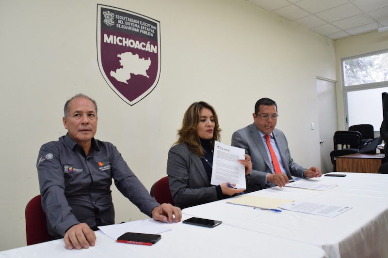 La titular SESESP, Lilia Cipriano Ista, celebró el trabajo coordinado que realizan distintas instituciones del Gobierno de Michoacán para promover una cultura de la paz y la inclusión productiva