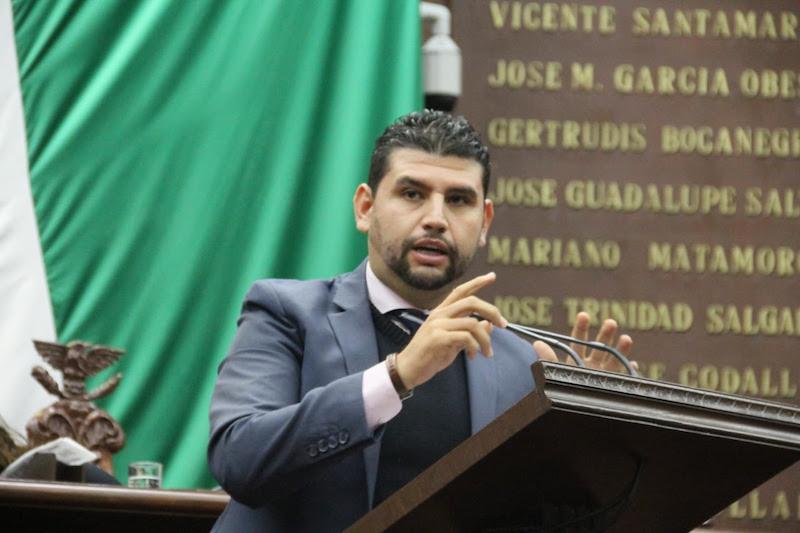 Además, Ocampo Córdova lamentó agresiones registradas este día en el Poder Legislativo