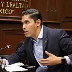 """Javier Paredes criticó además el procedimiento que ha acompañado a la transición, en el conocido """"Censo por el Bienestar"""", donde """"se ha caracterizado por reclutar al padrón de militantes del Partido en el poder"""