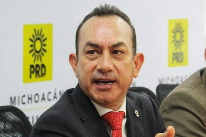 """Soto Sánchez acotó que """"el PRD hace un llamado a nivel nacional, en la defensa de una República Democrática, Federal, estableciendo una postura que contempla la preocupación general de un gran sector de la sociedad mexicana"""