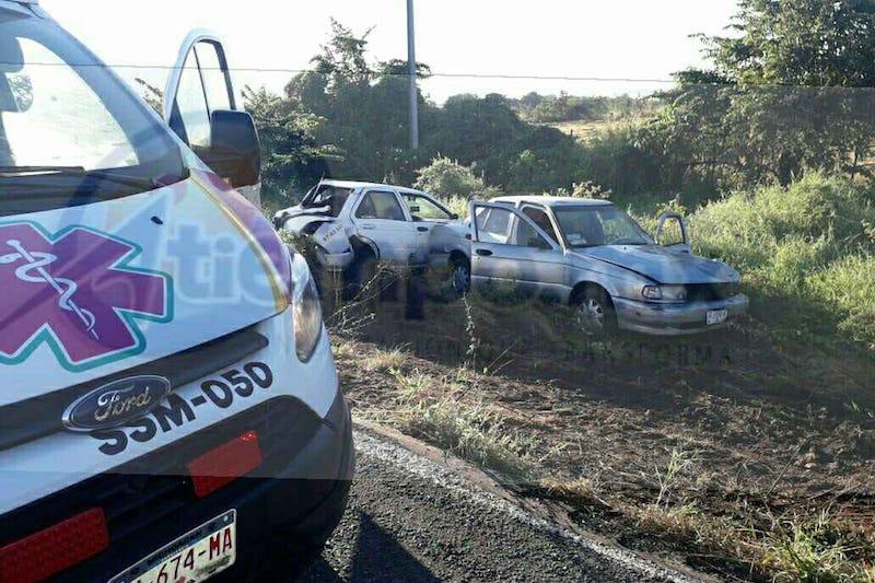 El lesionado fue identificado como Eduardo M., de 23 años de edad, originario de Santa Casilda, quien fue trasladado al Centro de Salud del municipio para recibir atención médica