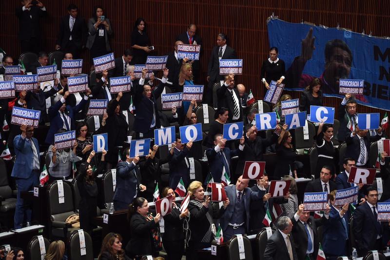 México requiere un cambio, pero un cambio con rumbo, que no represente un retroceso, donde la ley no se aplique con una visión personal o por capricho de una persona: Armando Tejeda y Adolfo Torres