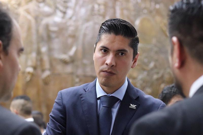 El periodo de gobierno de Martínez Alcázar al frente de la alcaldía de Morelia estuvo plagado de opacidad, de falta de transparencia y rendición de cuentas, así como de los negocios a costa de los recursos de los morelianos, remarcó Paredes Andrade