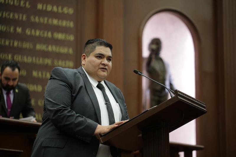El Morena busca defender lo indefendible y justificar las malas decisiones del presidente de México: Hernández Vázquez