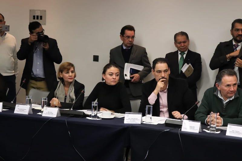 Según Piña Gudiño, el gobierno de López Obrador puede centralizar los servicios educativos y de salud, pero es un proceso que conlleva tiempo