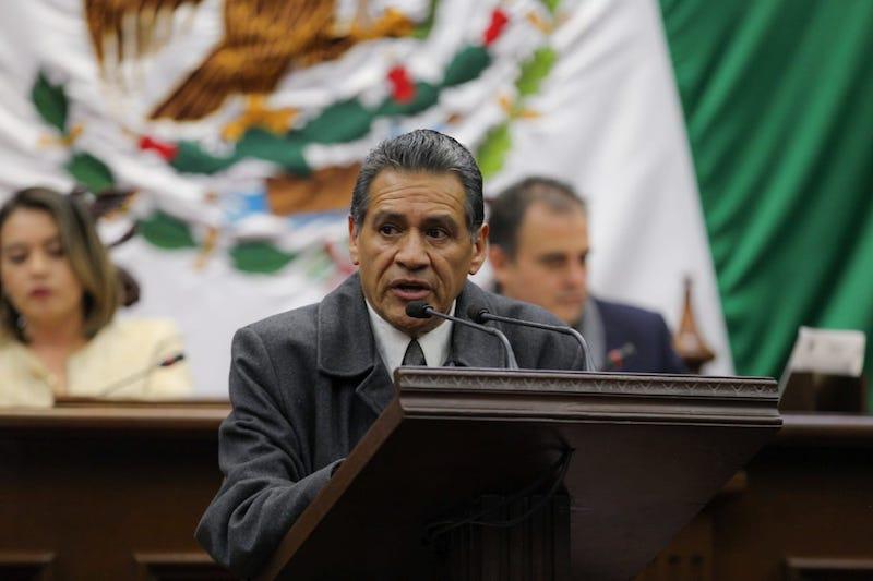 Mediante un censo se permitirá identificar artesanías propias del estado, dice Equihua Equihua