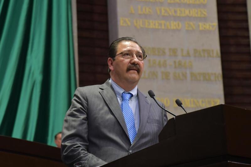 Sandoval Flores resaltó la necesidad de que se reconozca la pluriculturalidad y plurinacionalidad del país