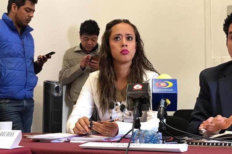 La legisladora petista invitó al mandatario estatal a sumar esfuerzos en favor de los docentes y estudiantes michoacanos
