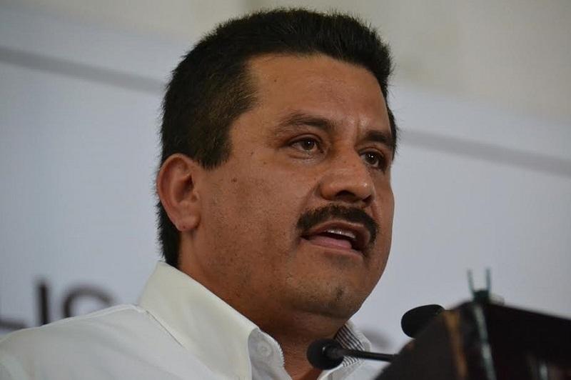 Mientras en su discurso habla de transparencia y honestidad, el Secretario del Ayuntamiento, coloca a familiares en cargos de primer nivel: Morón Orozco