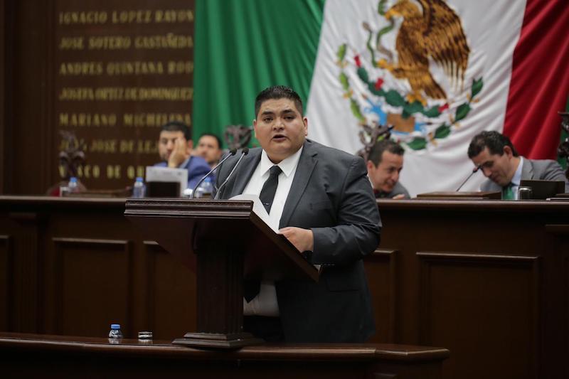 Hernández Vázquez es el primer legislador michoacano, en funciones, que hace públicas sus declaraciones