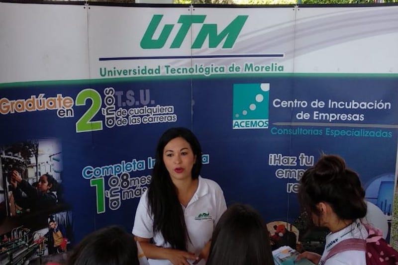 El dirigente sindical expuso que Minerva Bautista al no contar con el perfil adecuado, podría provocar la pérdida de la certificación y de los fondos a los que puede acceder la universidad que está debidamente evaluada
