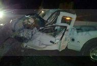 Ahí confirmaron la muerte del conductor de la camioneta Ranger y atendieron en el lugar a Diego N., de 36 años y Jesús V., de 52 años de edad