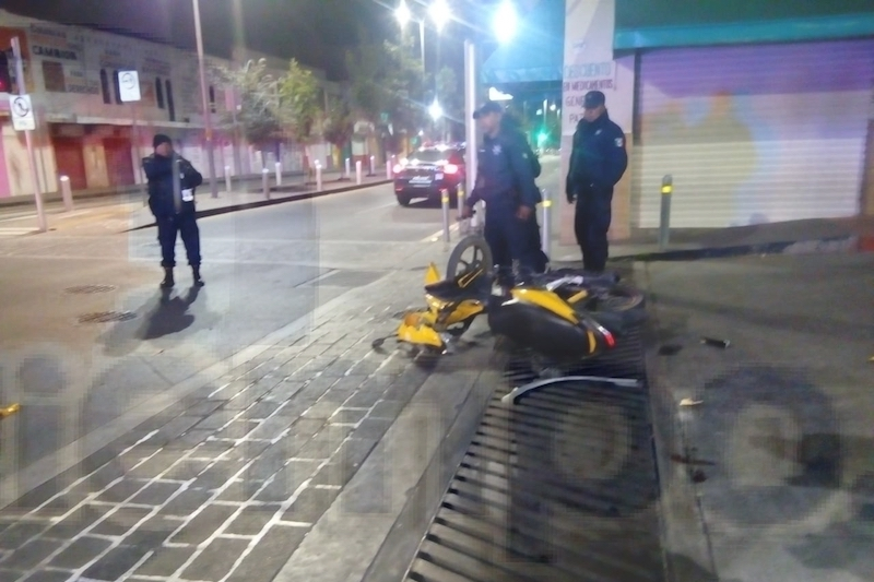 Minutos después del percance fue localizado el vehículo, por lo que elementos de Tránsito se hicieron cargo