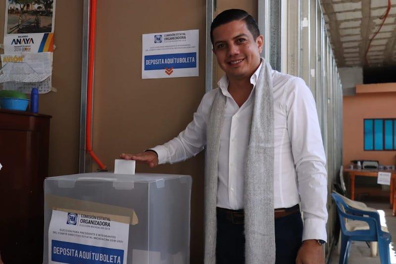 La nueva dirigencia estatal permanecerá al frente del PAN por tres años, finalizando en el 2021: Óscar Escobar Ledesma