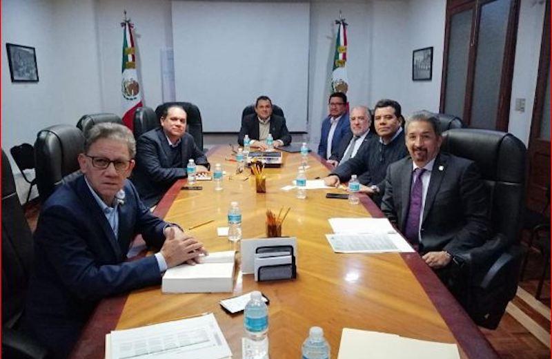 Las instrucciones fueron directamente del licenciado Andrés Manuel López Obrador, Presidente de la República, a quien le agradecemos su valioso y trascendental apoyo a nuestras Casas de Estudios, mencionó el rector nicolaita