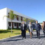 Raúl Morón realizó un recorrido por sus instalaciones de la UTM, en compañía de la rectora de la UTM, Minerva Bautista