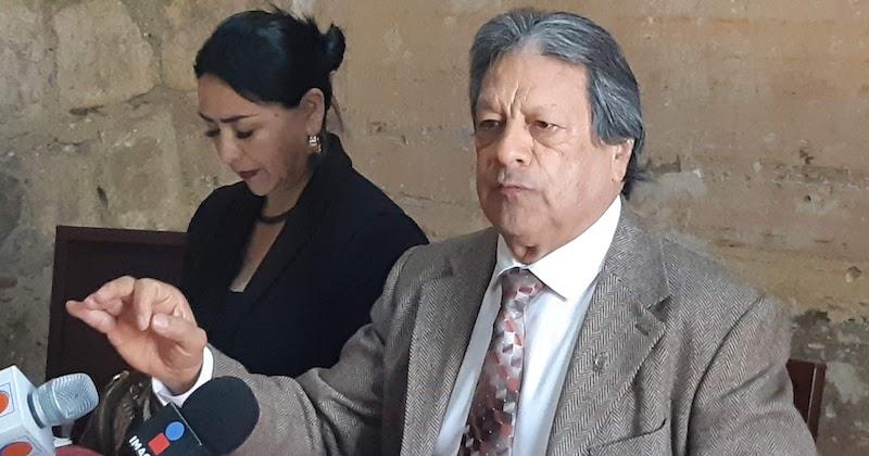 Peña Díaz aclaró que él lleva una buena relación con actores políticos de todos los partidos y ofreció que en caso de llegar a la Rectoría tendrá un trato de cordial y de respeto, aunque no de sumisión, con el gobernador de Michoacán