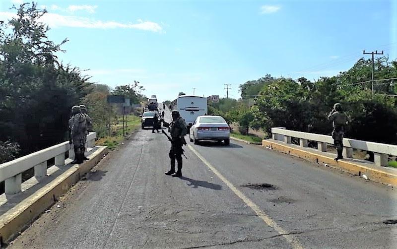 La Policía Michoacán mantiene el despliegue operativo en la región de Tierra Caliente a fin de inhibir hechos delictivos y que vulneren los derechos de terceros