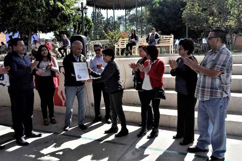 Gutiérrez Pérez reconoció la importante labor de los clubes de migrantes, que en coordinación con autoridades de los tres niveles de gobierno han realizado diversas obras en beneficio de Cuitzeo y de Michoacán en general