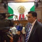 Estrada Cárdenas dejó en claro que el Gobierno Federal y el Ayuntamiento de Morelia tendrán que garantizar que los empleados del IMSS y sus familias puedan establecerse sin complicaciones