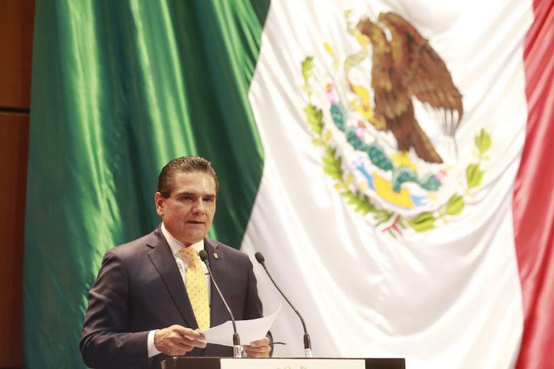 La opción no es un mando militar, sino civil, coinciden gobernadores en la Ciudad de México