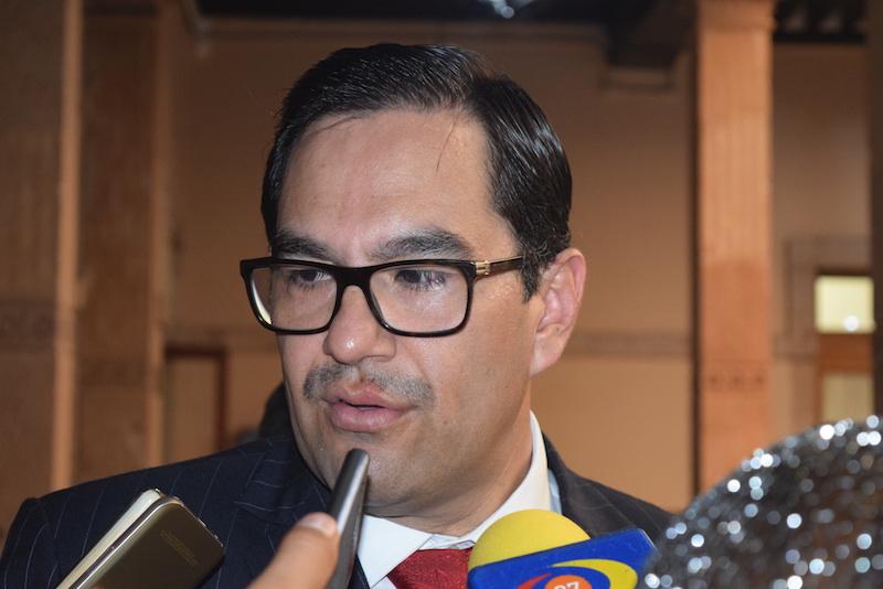 Serrato Lozano, ratifica su respaldo a las acciones de investigación y persecución que llevan a cabo las autoridades competentes para dar con los responsables del robo de combustibles